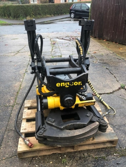 Used - EC219 S60 with GR20 Integrated Gripper SS10 (SVAB) + S60 Hitch for Komatsu + SVAB L8s